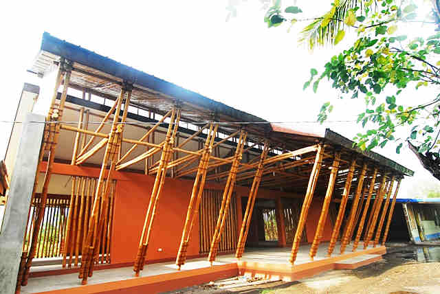 Finding the Filipino in school building design