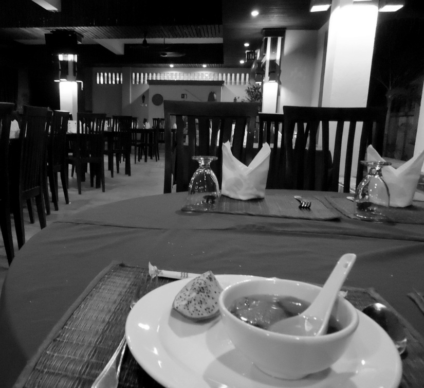 solo dining, siem reap cambodia