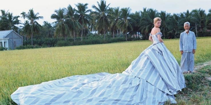 Nontraditional wedding gown via Glamour